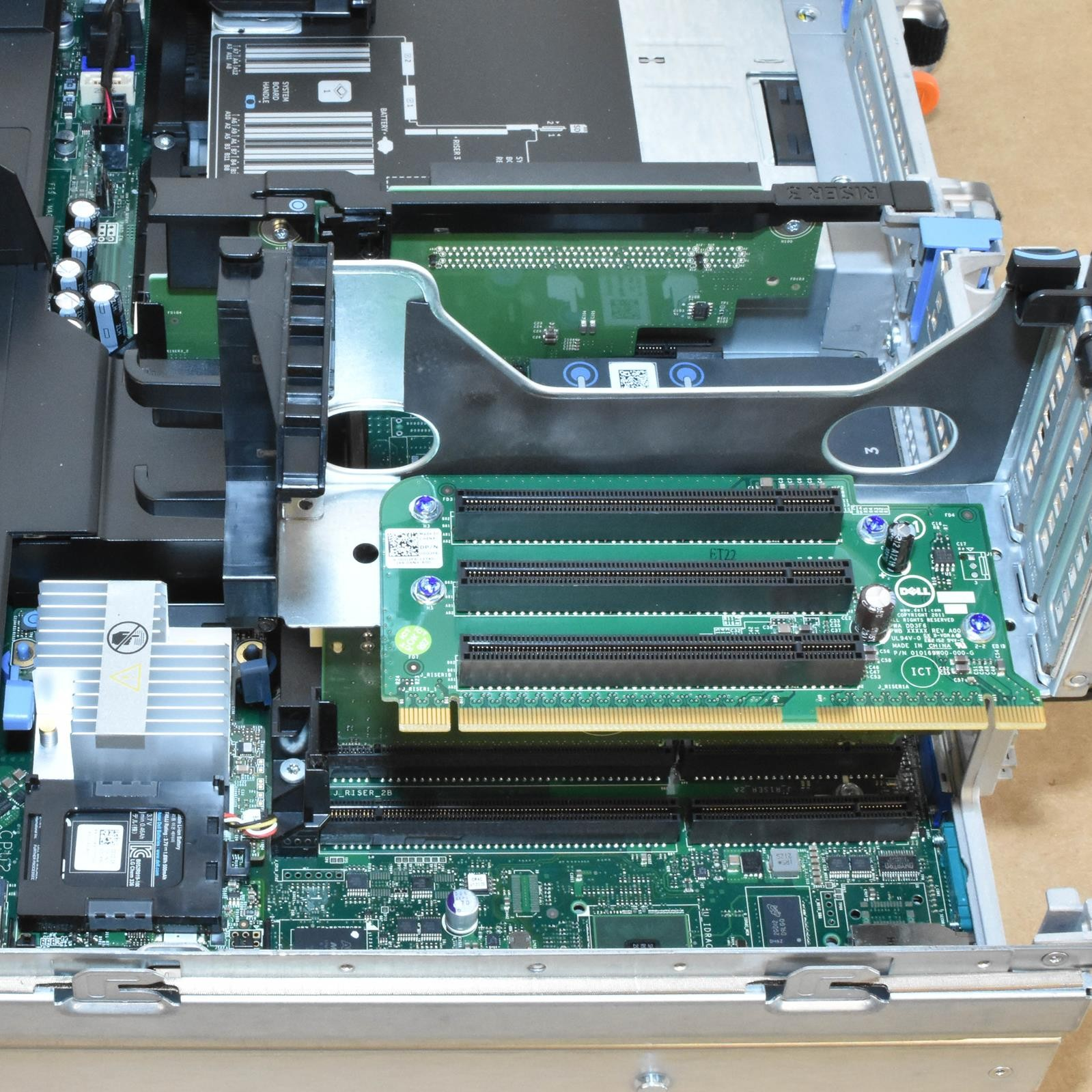 DELL PowerEdge R720 2x E5-2630L 12-cores 2Ghz/128GB/H710 5x 3TB 3 5